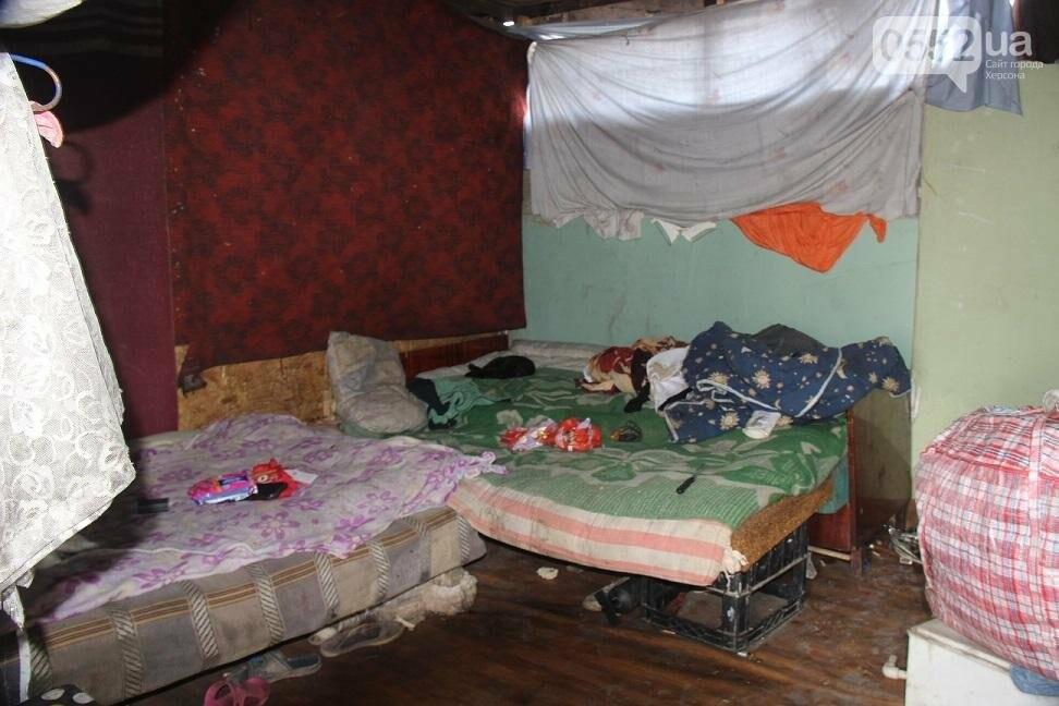 На херсонской свалке работают бездомные с детьми и получают зарплату, фото-2