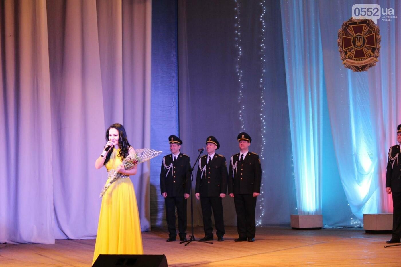 В Херсоне выступил Академический ансамбль песни и танца НГУ, фото-1