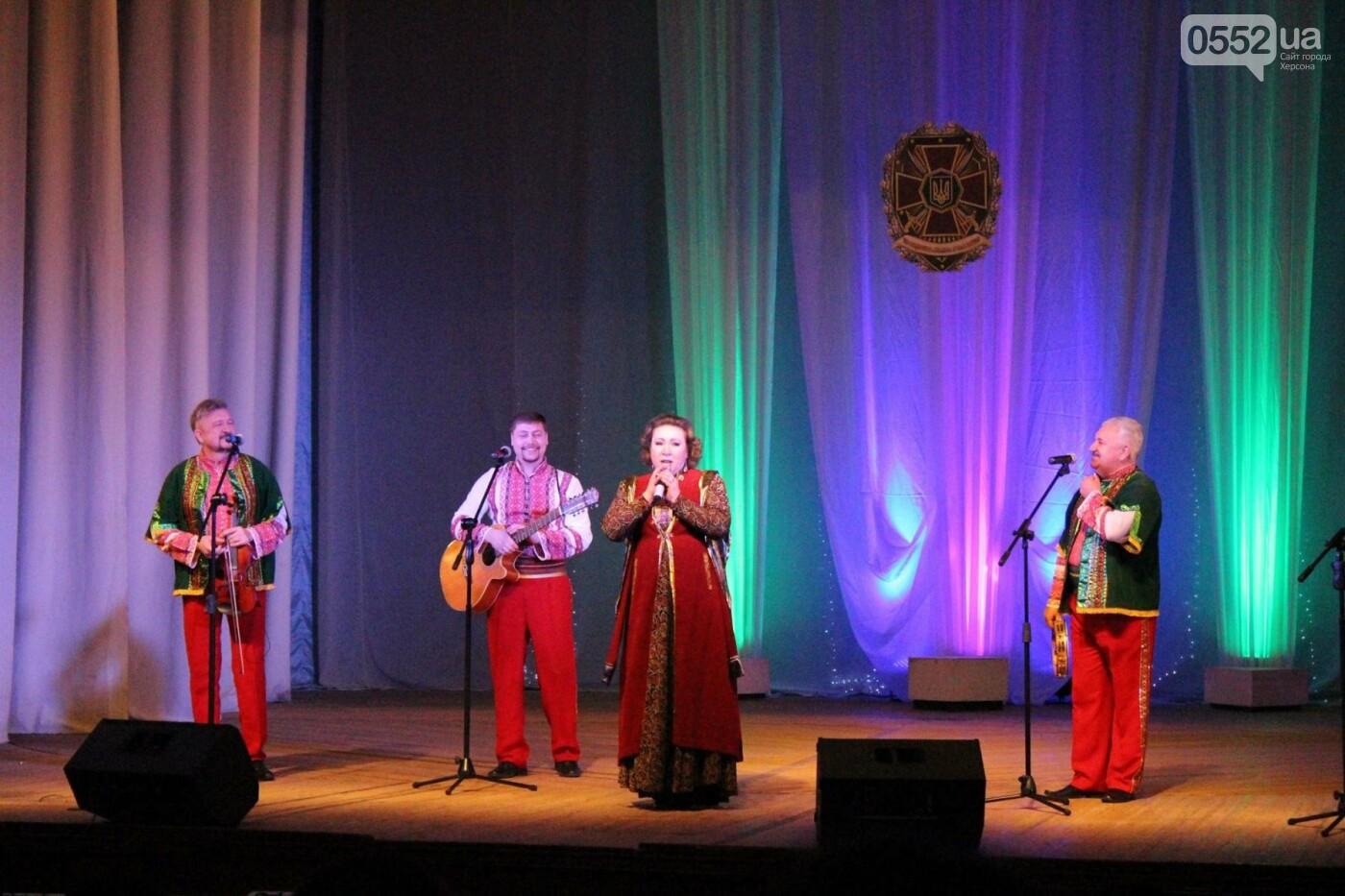 В Херсоне выступил Академический ансамбль песни и танца НГУ, фото-2