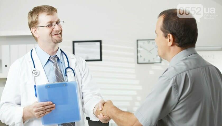 На Херсонщине слухи о сроках заключения договора с врачом оказались ложными, фото-1