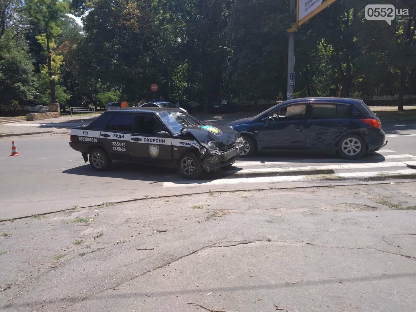 В Херсоне авария на пешеходном переходе (фото), фото-3