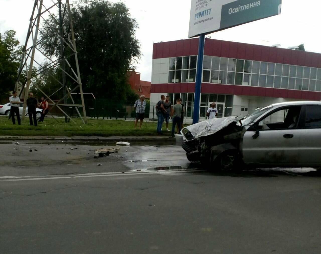 ДТП в Херсоне. Есть пострадавшие (фото), фото-1