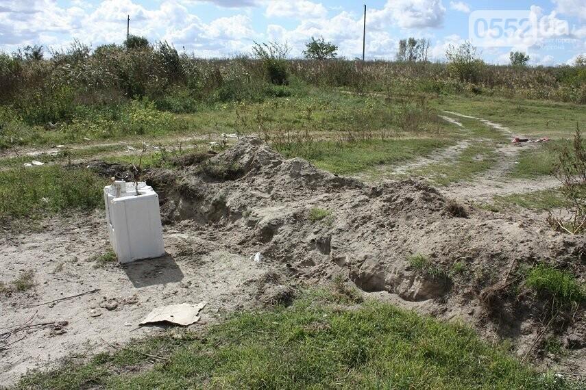 На Херсонщине плавни превратились в скотомогильник и свалку, фото-3