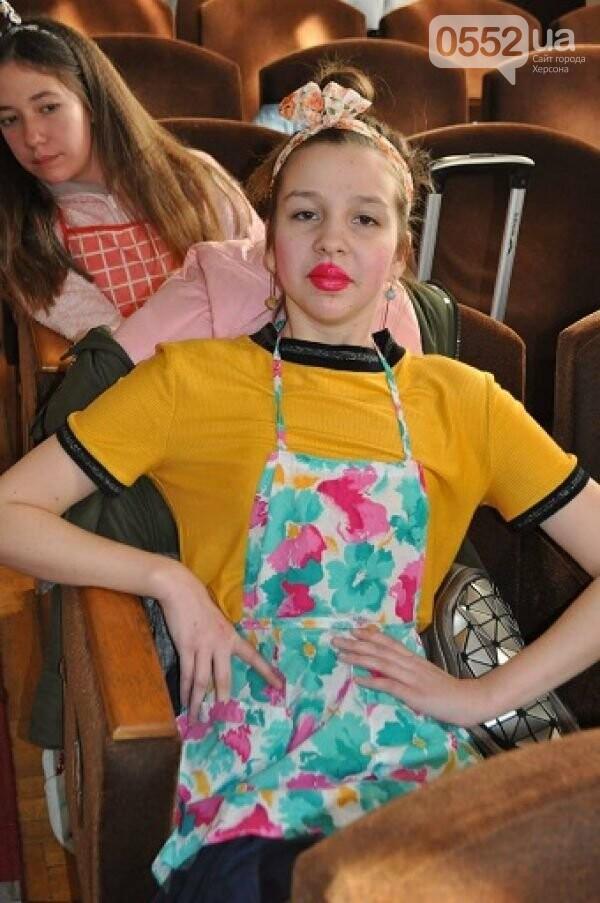 Школьница из Херсона победила в номинации «Лучшая главная женская роль» на конкурсе, фото-1