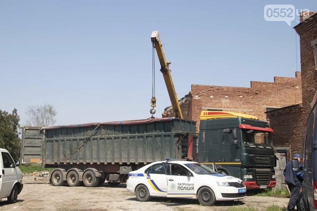 На Херсонщине блокировали вывоз имущества с территории бывшего предприятия Ниметуллаева, фото-1