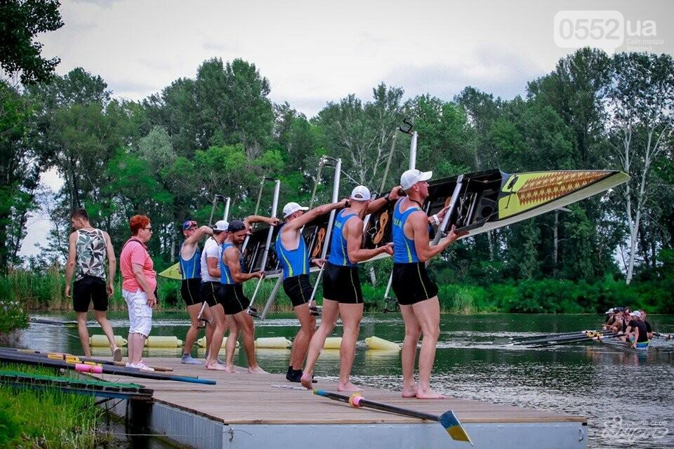 Херсонские студенты завоевали два «золота» и «серебро» на чемпионате Украины, фото-2