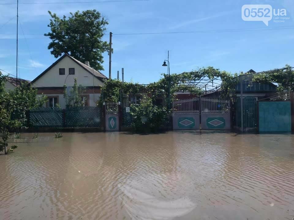 В сильно пострадавшее от грозы село на Херсонщины удалось вернуть электроснабжение, фото-1
