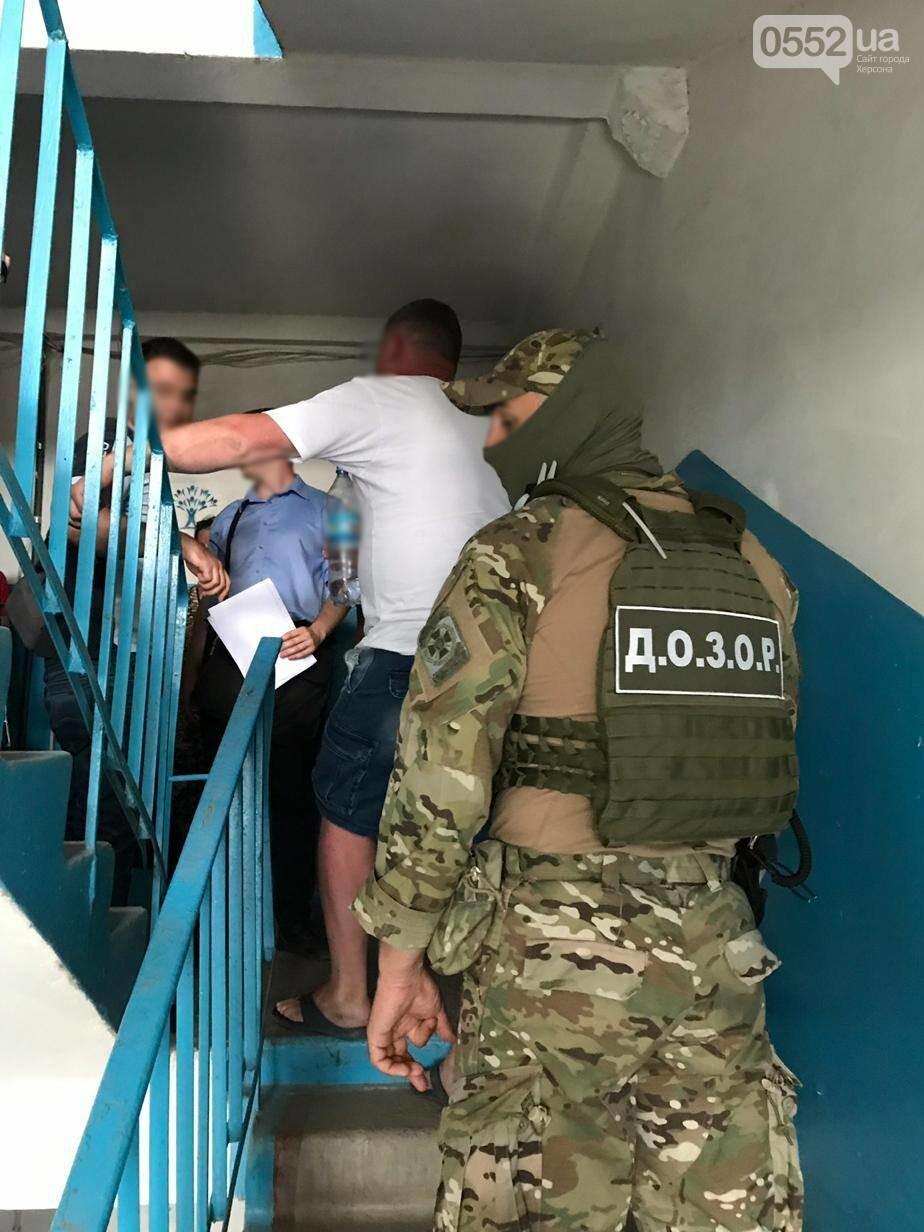 Бойцы «ДОЗОРа» разоблачили нелегальных перевозчиков, курсировавших с Херсонщины в Крым, фото-3
