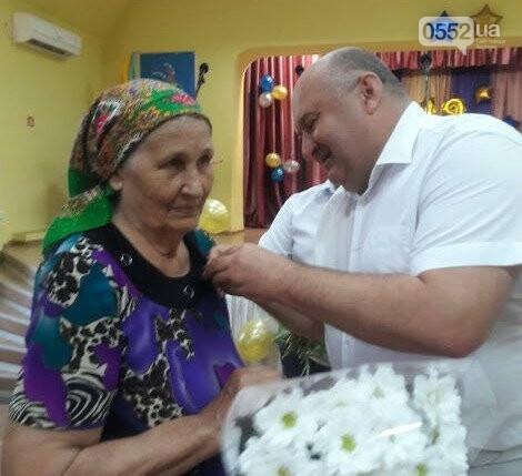Жительница Херсонщины получила почетное звание и медаль «Мать-героиня» , фото-1