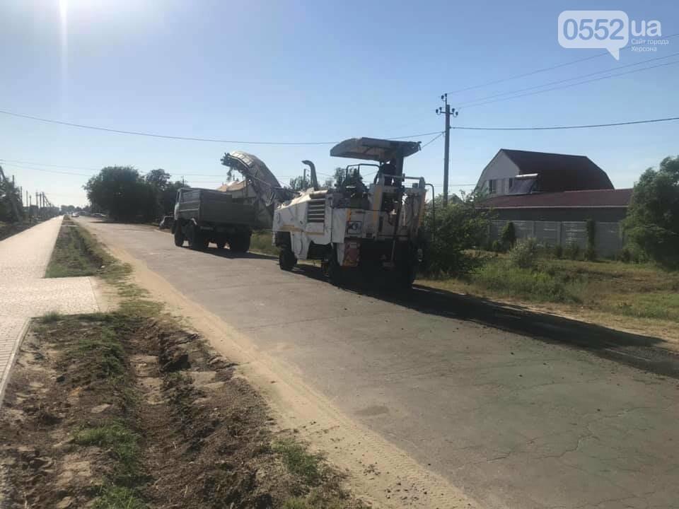 В курортной зоне у Черного моря на Херсонщине ведут капитальный ремонт дороги, фото-1