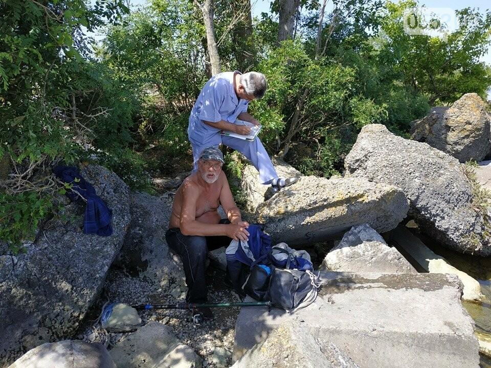 На Херсонщине спасли от смерти рыбака, которого придавило камнем, фото-3