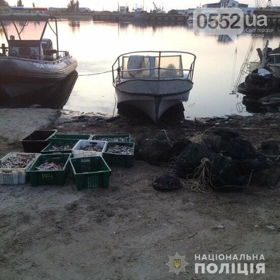 В Херсонской области браконьеры за одну ночь наловили морепродуктов на два миллиона гривен, фото-1