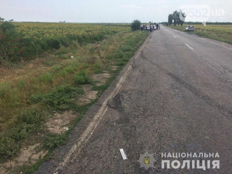 Жуткое ДТП под Херсоном: одна женщина погибла, еще два пассажира – в реанимации, фото-3