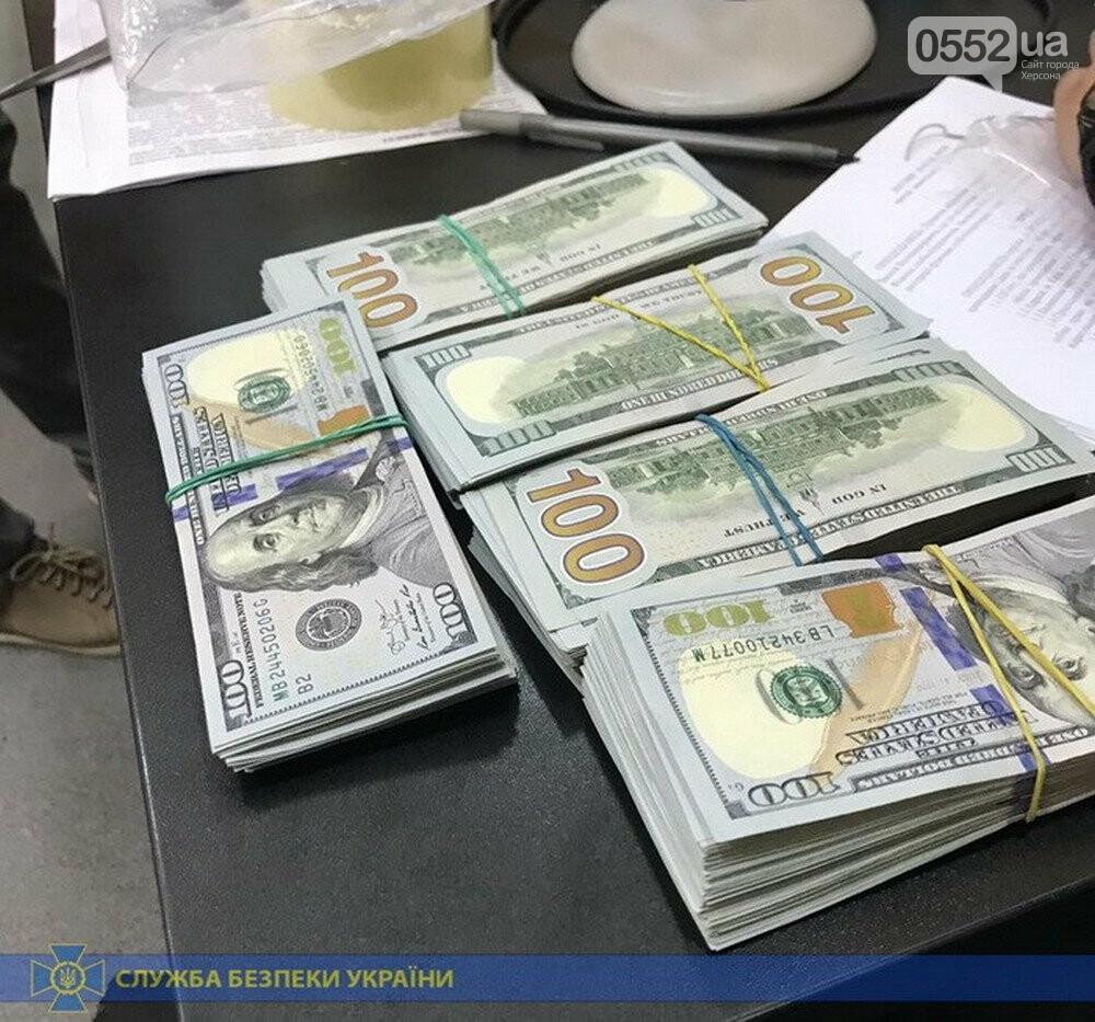 На Херсонщине, рядом с Крымом, задержали «золотых» контрабандистов с ценным грузом, фото-1