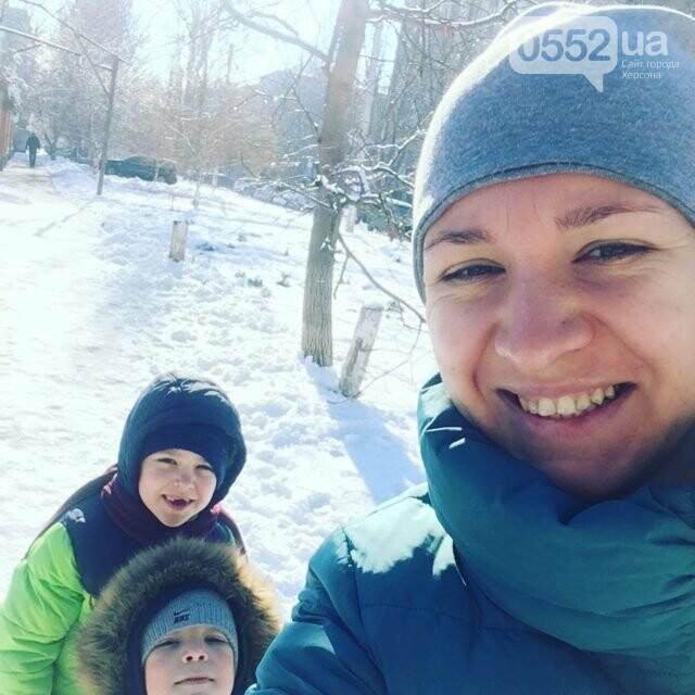 Мертвые дети и мать с кульком на голове: жуткое самоубийство повергло в шок полицейских Херсонщины, фото-1