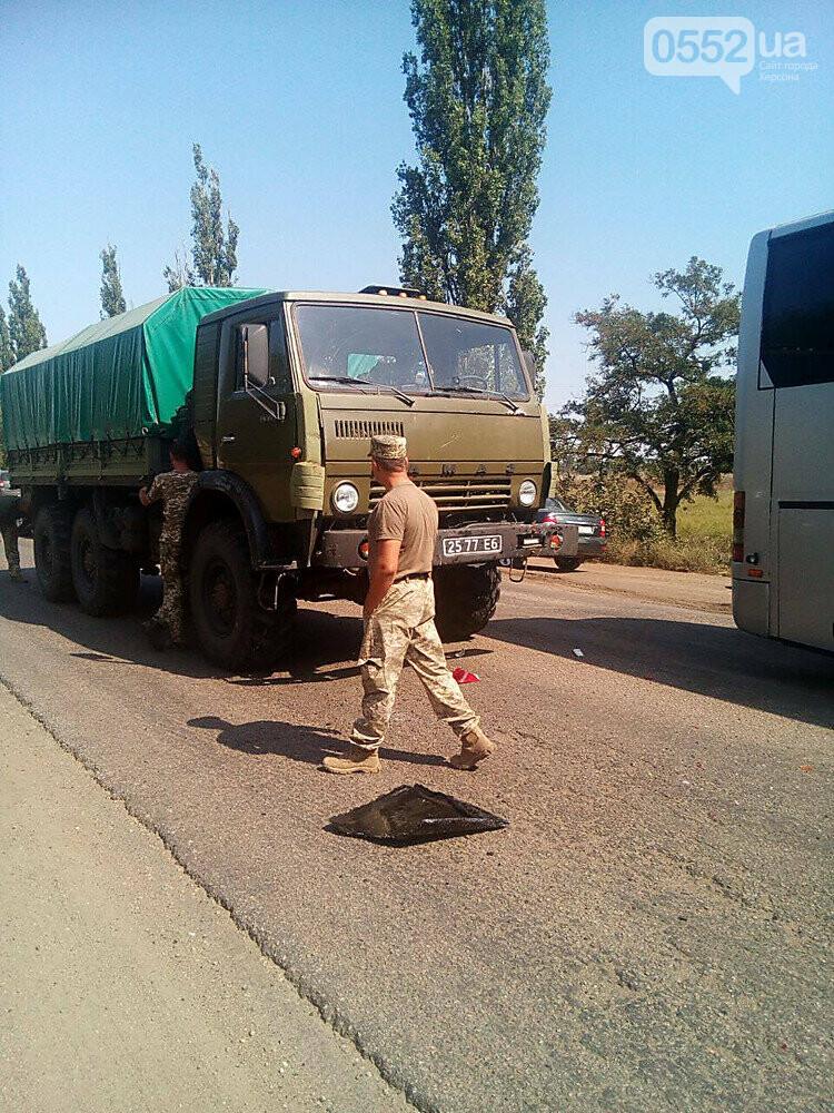 Под Херсоном военный грузовик врезался в «маршрутку»: виновник ДТП говорит, отказали тормоза, фото-2