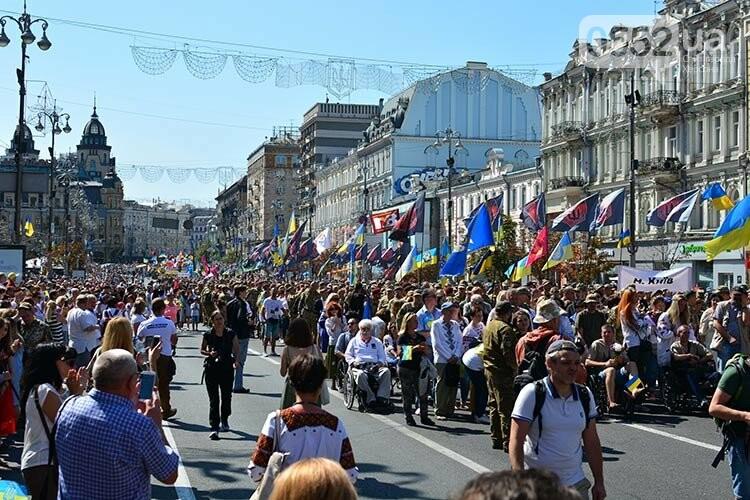 Военнослужащие Херсонщины прошлись колонной в Марше ветеранов по главной улице Киева, фото-4