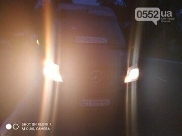 Экстремалы за рулем: лихие водители устроили на трассе Херсон - Скадовск езду без правил, фото-3