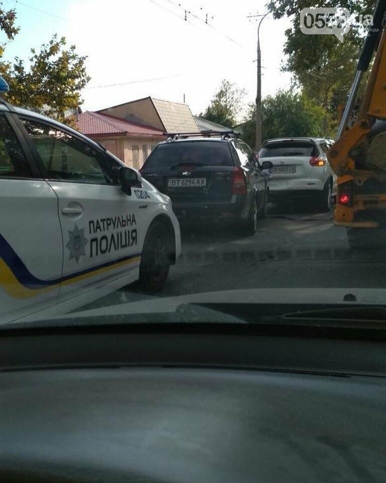 Вечерний Херсон застыл в пробках: тройное ДТП на парализовало движение до Бериславского шоссе, фото-3