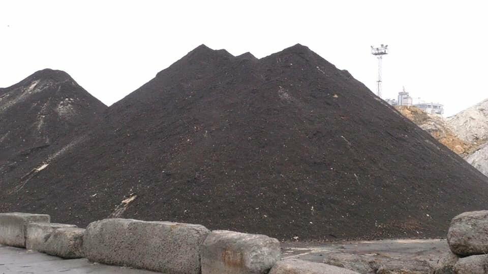 Токсичный песок из Черногории выгружен в порту Херсона: судно загадочным образом исчезло , фото-3