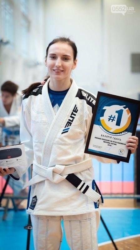 Абсолютной чемпионкой среди женщин белых поясов стала спортсменка из Херсона , фото-1