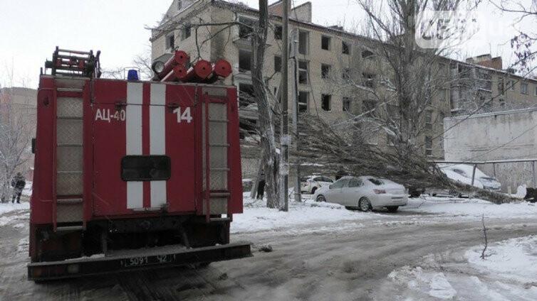 Снегопад блокировал Херсон: аэропорт закрыт, на трассе Херсон-Николаев транспортный коллапс, фото-5