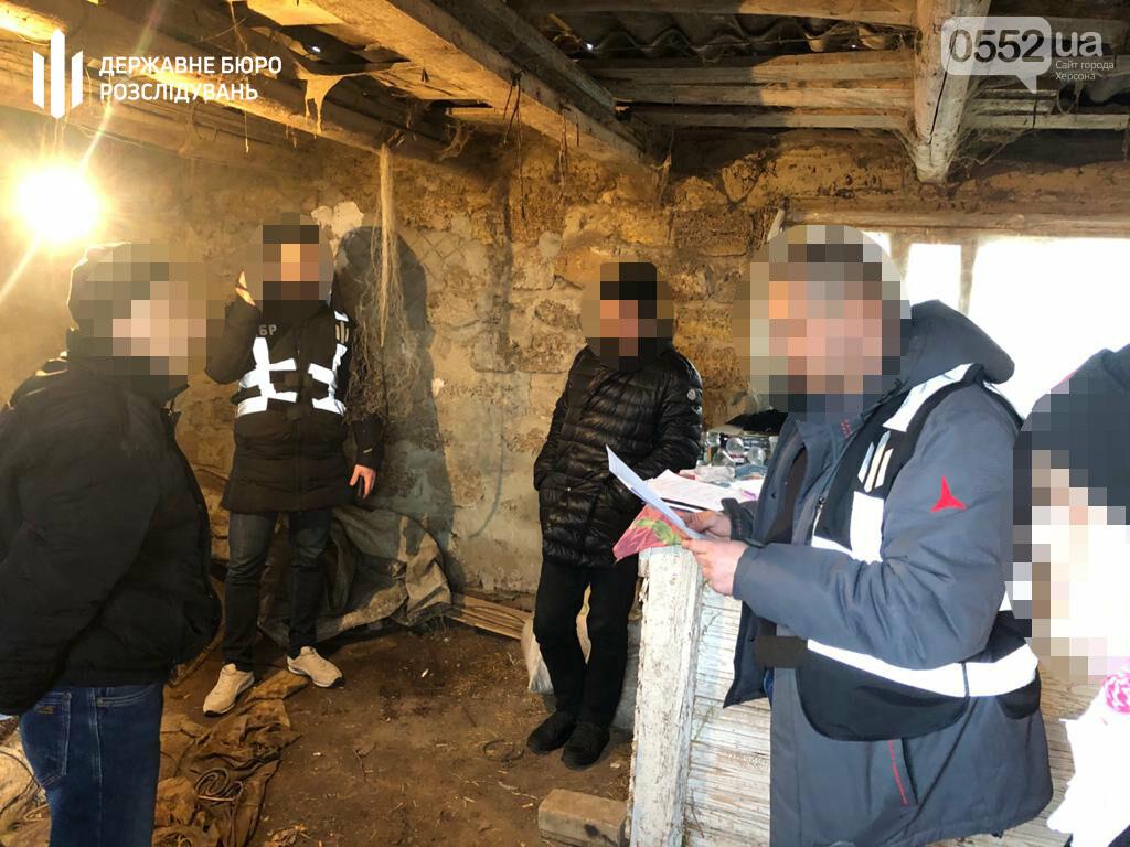 На Херсонщине полицейского схватили на взятке в 2500 долларов США: налетчики хотели откупиться, фото-1