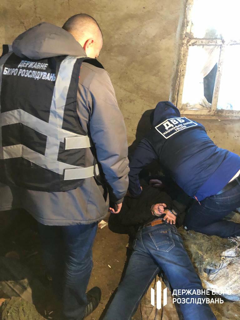 На Херсонщине полицейского схватили на взятке в 2500 долларов США: налетчики хотели откупиться, фото-3