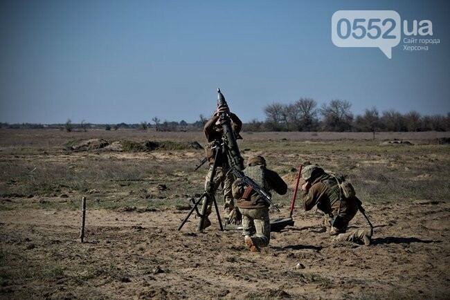 Морская пехота отрабатывает приемы боя на Херсонщине в рамках военных учений (ФОТО), фото-4