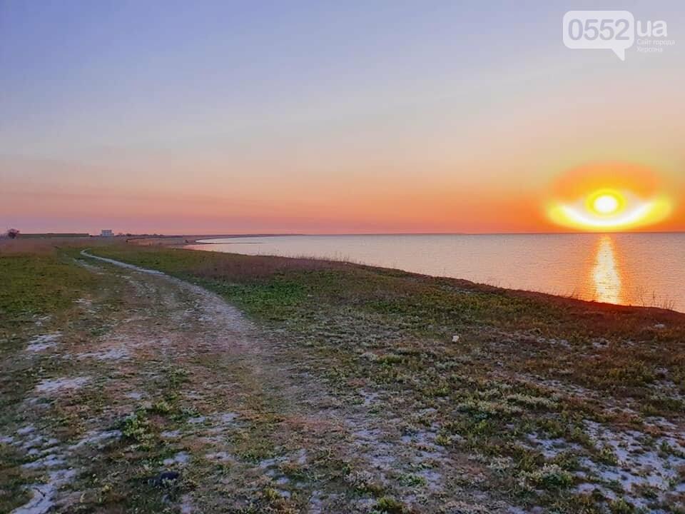"""""""Ангел"""" пролетел над Азовским морем в Херсонской области: фотограф сделал уникальные снимки, фото-1"""
