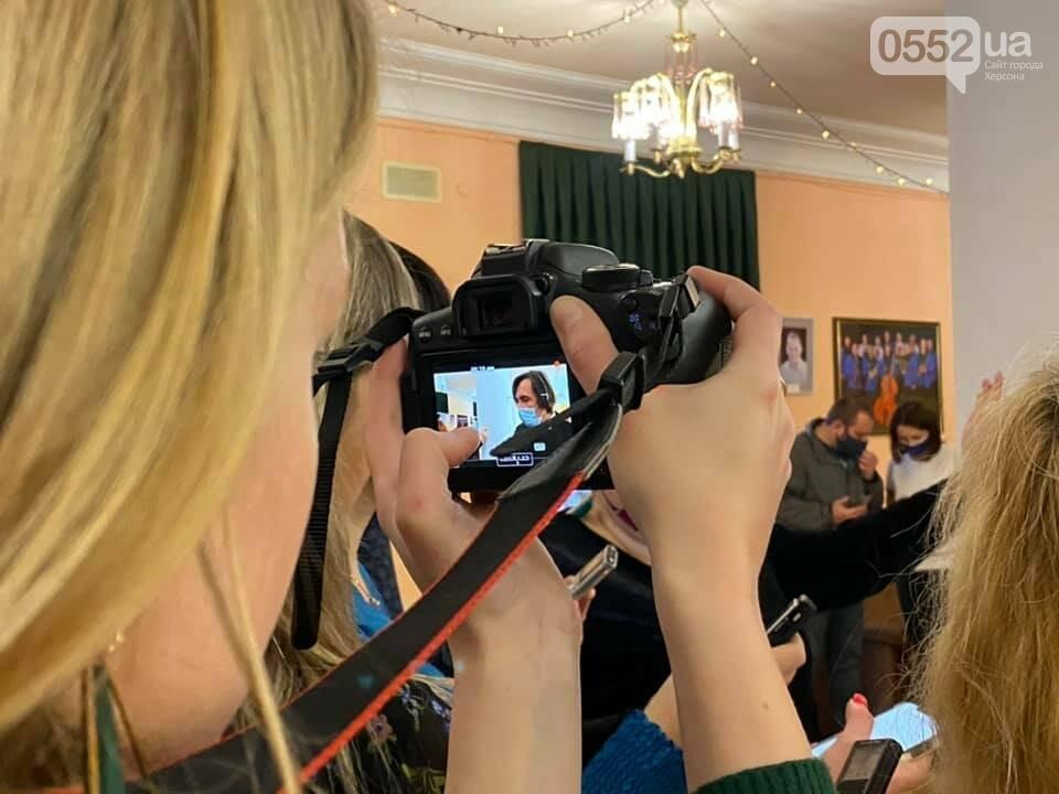 """Наш Храм Мельпомени подарував херсонцям прем'єру -  виставу """"Чайка"""", фото-7"""