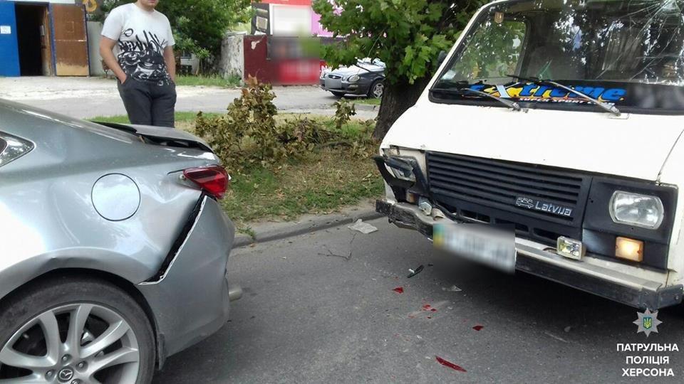 Пьяный водитель совершил ДТП в Херсоне, фото-1