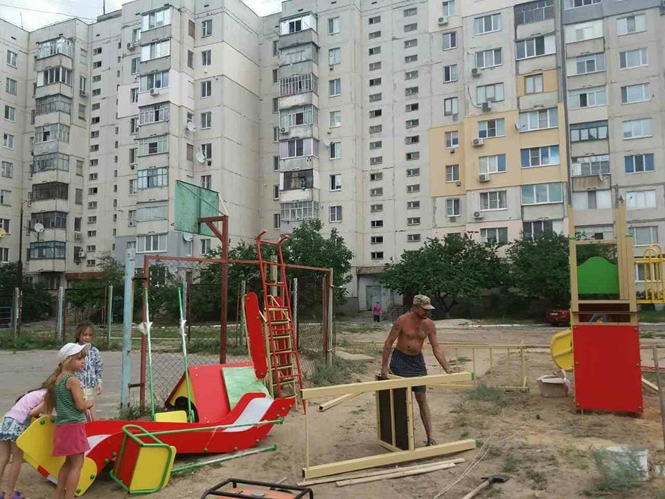 На Херсонщине устанавливают детские площадки, фото-2