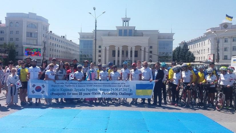 «Велокараван дружби Україна – Корея» доїхав до Херсонщини, фото-1