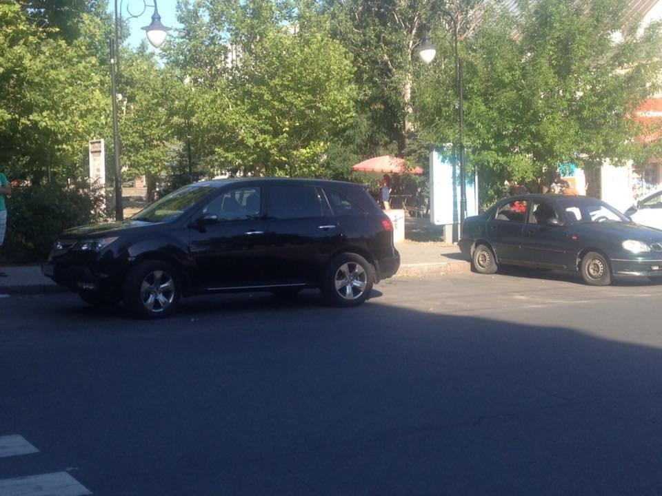 Херсонские водители паркуются как хотят?, фото-1