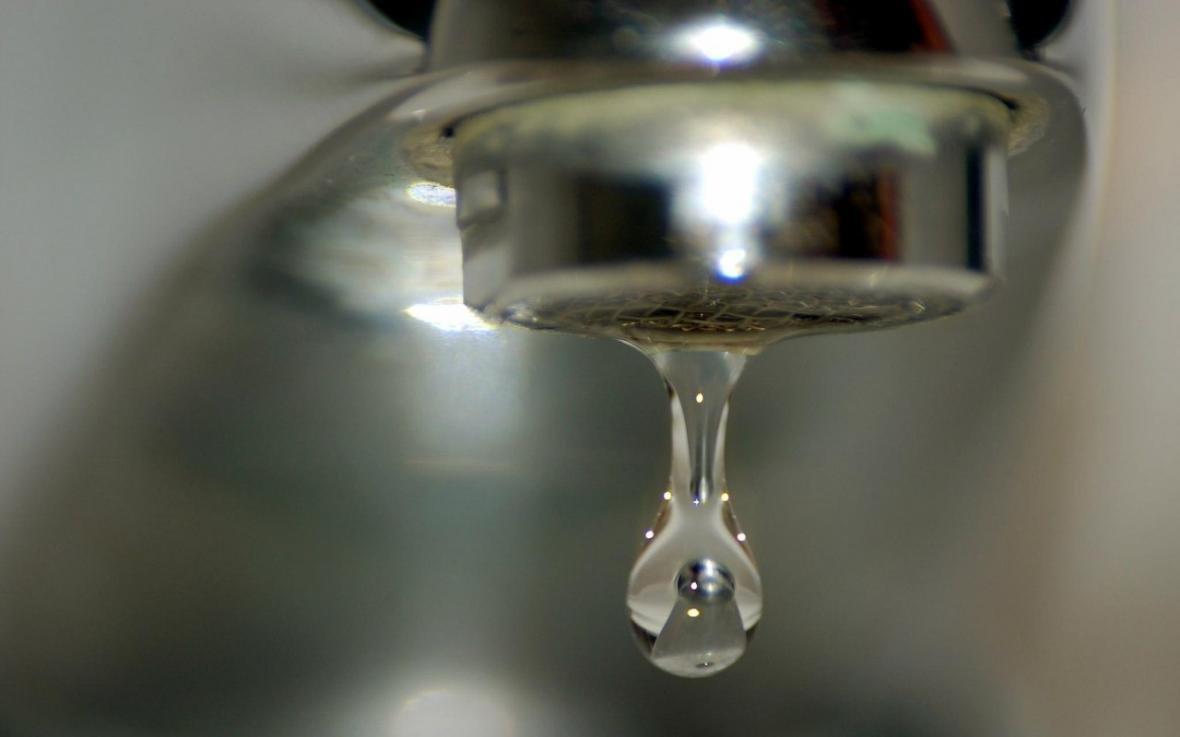 Де сьогодні у Херсоні на Комишанах не буде води, фото-1