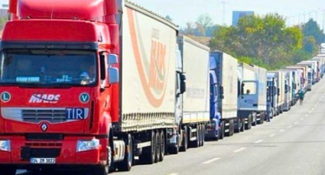 У Херсоні проводяться зміни у русі великовагових вантажних автомобілів, фото-1
