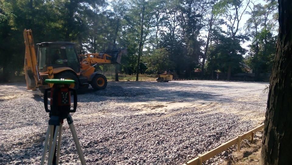 Продолжается строительство спортплощадки Херсонского государственного университета, фото-1