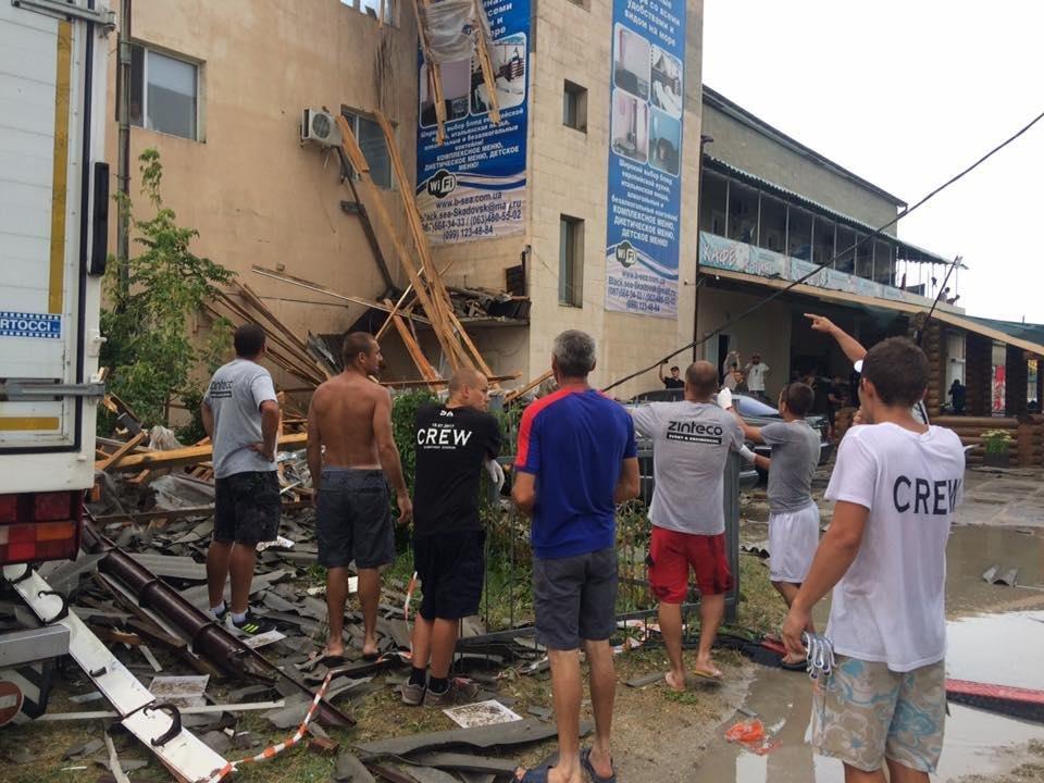 На Херсонщине после дождя обвалилась крыша, фото-1