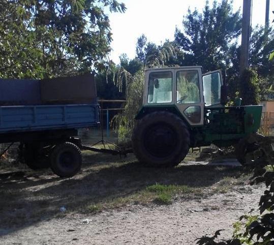 Власти райцентра Херсонщины начали убирать стихийную свалку. Не обошлось без скандала, фото-1