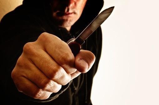 На Херсонщині поліцейські затримали підозрюваного у розбійному нападі на магазин, фото-1
