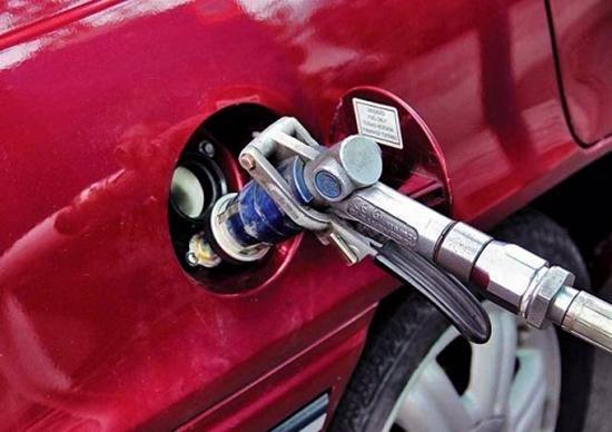 Херсонских автолюбителей ждет повышение стоимости газа, фото-1