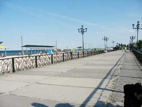 На набережной херсонского курорта некуда выбросить мусор?, фото-1