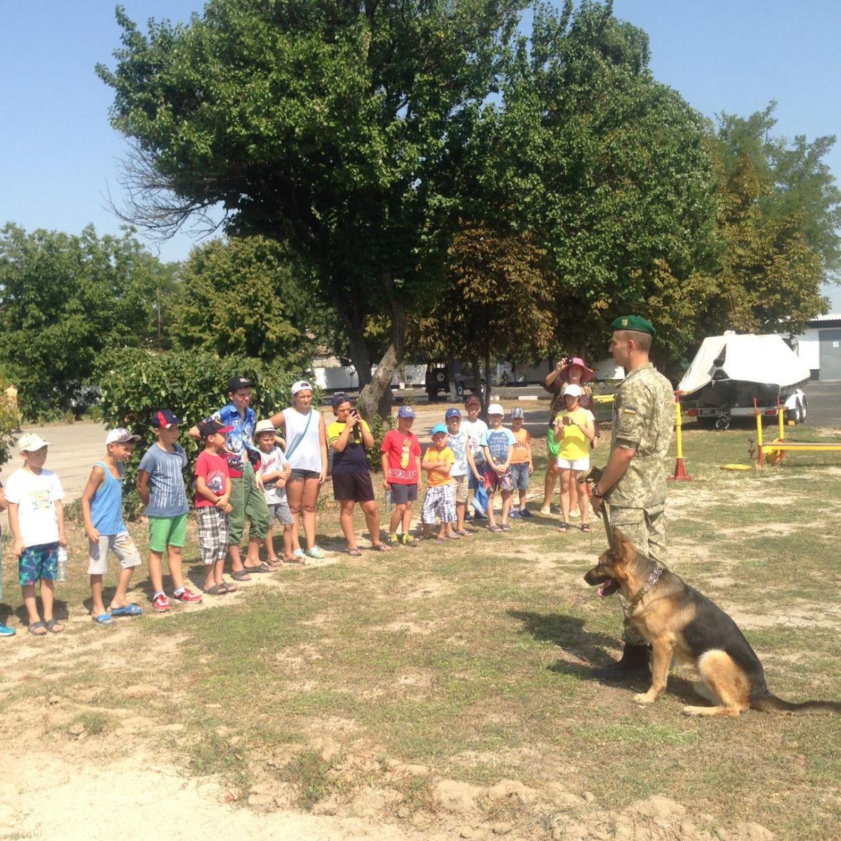 Діти завітали до прикордонників відділу «Скадовськ» , фото-2