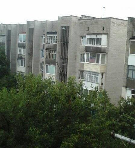 В Херсоне из-за ливня начали рушиться балконы (фото), фото-1