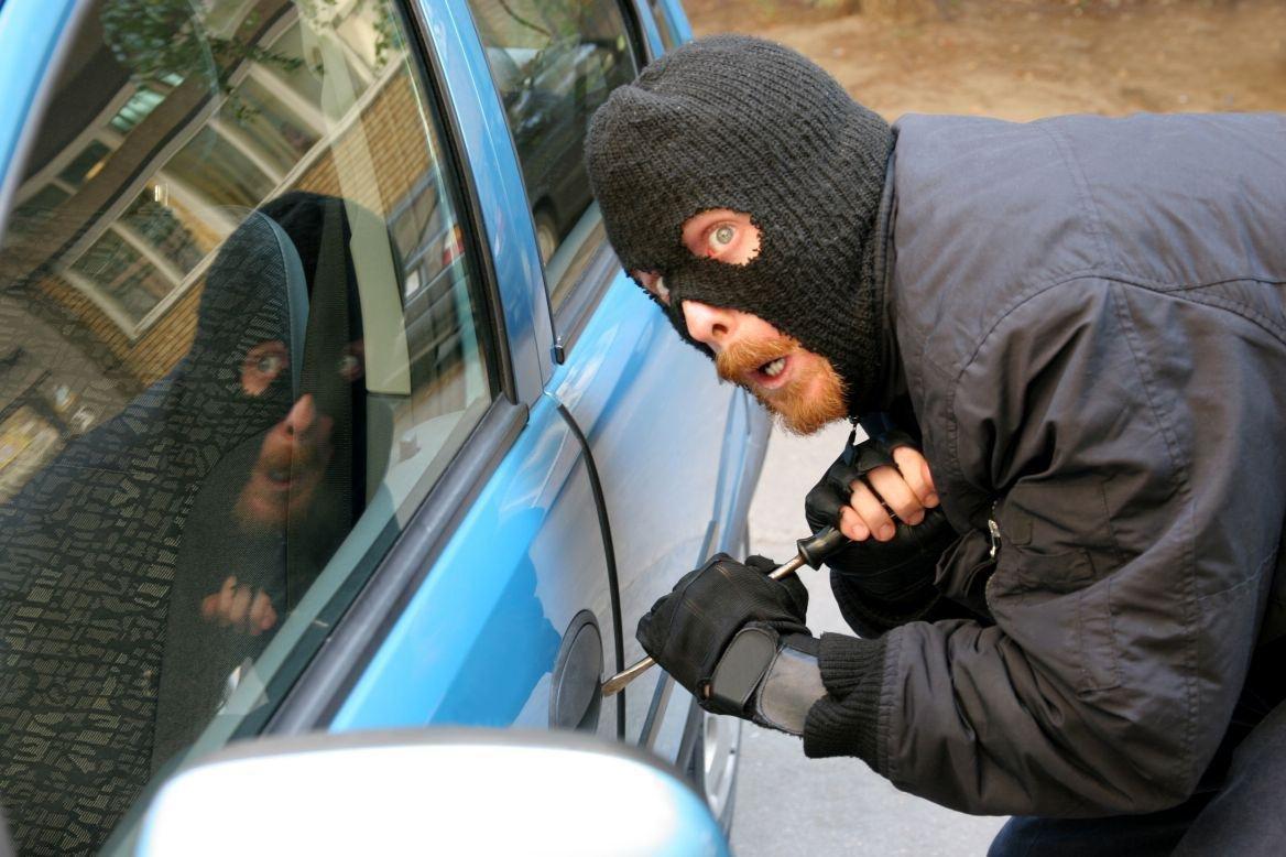У Скадовську поліцейські затримали викрадачів автомобіля, фото-1