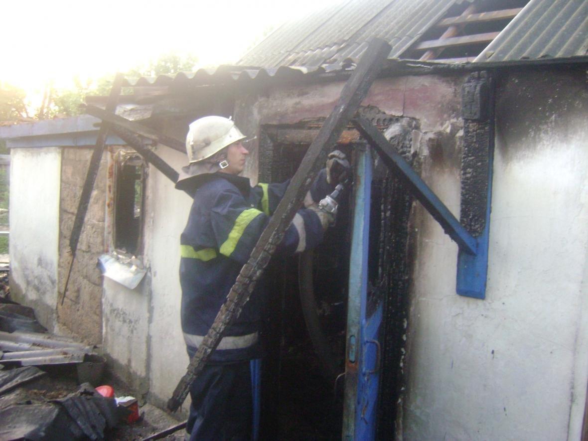 У Генічеському районі під час пожежі загинули чоловік та двоє діток, фото-1