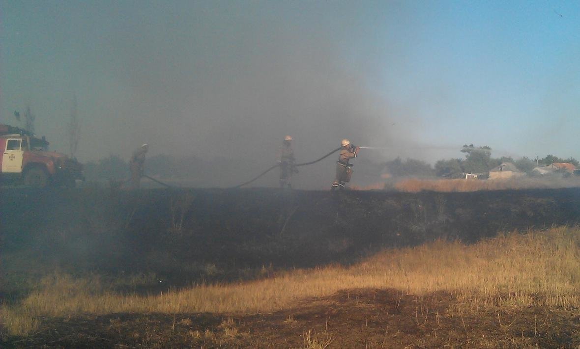 В області не вщухають пожежі сухої трави, фото-1