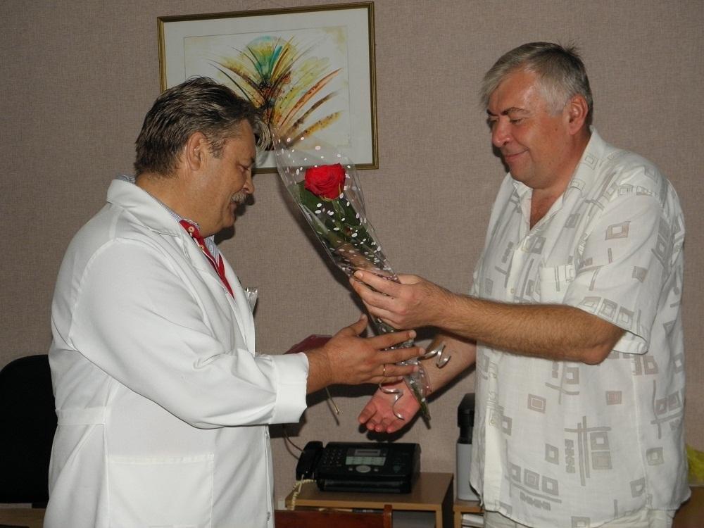 Головний лікар обласної лікарні «Хоспіс» отримав відзнаку, фото-1