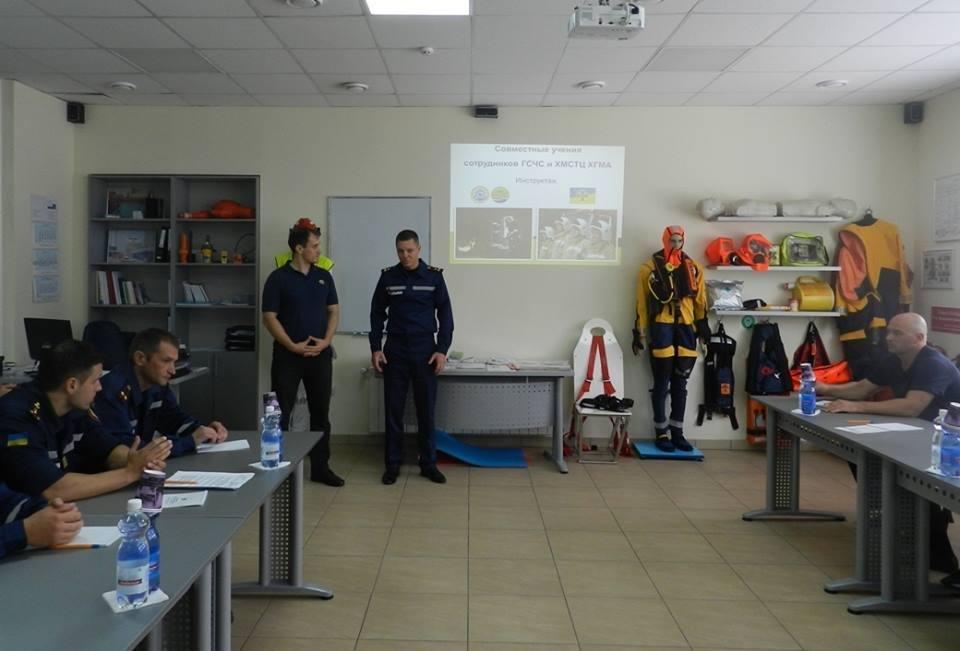 Рятувальники провели навчання у Херсонській морській академії, фото-1